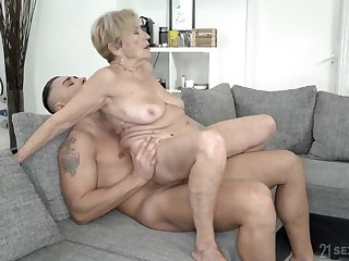 Wrinkled and saggy granny stuffed with a fat cock