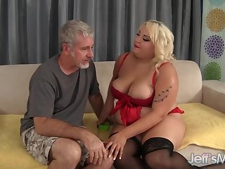Fat Floozy Jade Rose Sucks a Thick Cock and Gets Her Pussy Fucked Bigtime