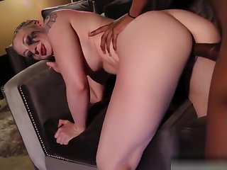 Leya Falcon Takes A Bbc Creampie Then Squuezes It Into Her