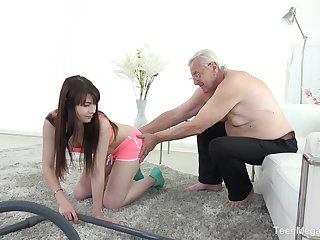 Luna Rival fucks older man after a blowjob like no one before