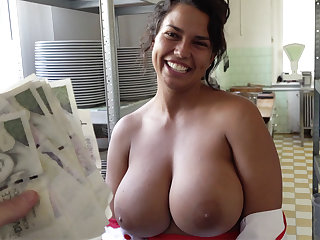 Hot cook with huge tits agreed to sex for money
