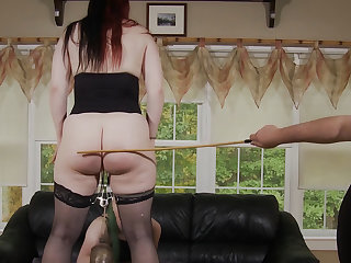 Ava Mir-Ausziehen & Rob Gadling in Turning The Paige: Chapter Seven - KINK