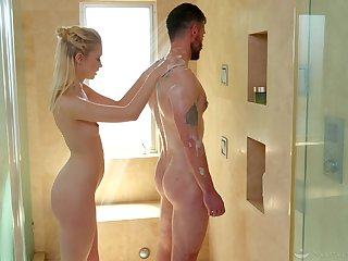 A happy ending massage spa makes men feel satisfied and that babe is sexy