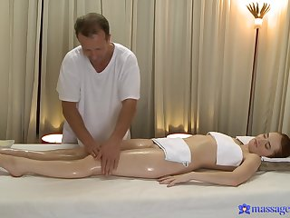 Masseur leads younger doll to crave for his pulsating cock