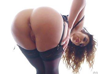 Lecherous brunette Christiana Cinn performs her ass masterpiece and gives a great BJ